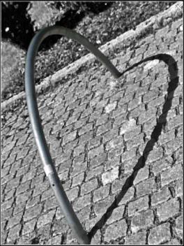 Yin resurrections - piece of heart by Siv D. Rognstad, 2011